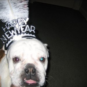 Leah <3's her new year's crown!